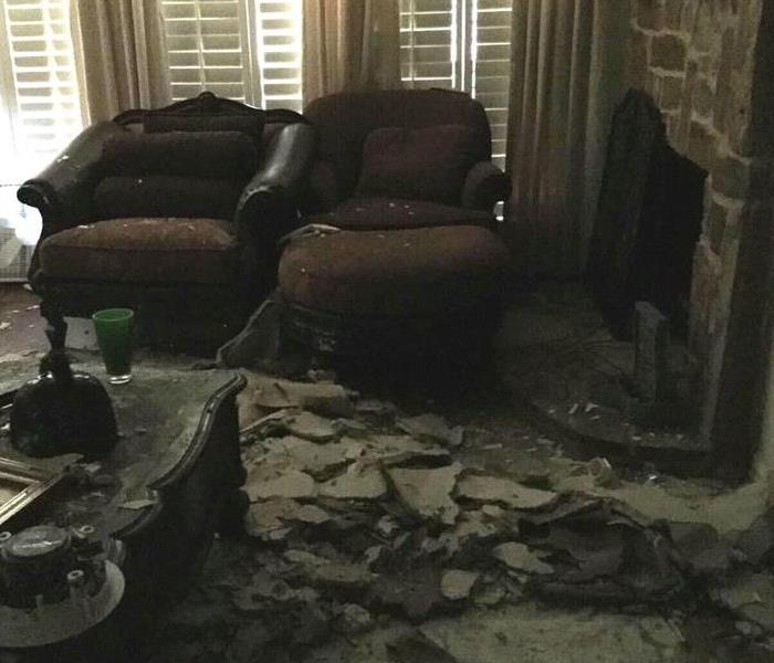 Attic Water Leak Causes Ceiling Collapse in Ennis, Texas Before